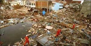 http://2.bp.blogspot.com/-edJ-if8TrgU/TbYsMF9FP8I/AAAAAAAAHOQ/ylR05EXjBIA/s1600/nuclear-tsunami3.jpg