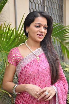 reshma new saree photo gallery