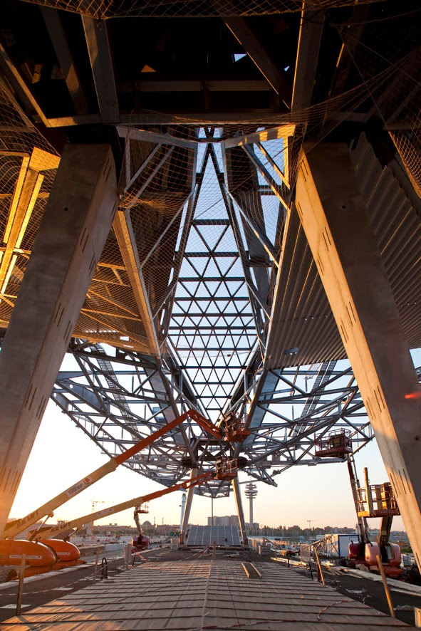 Atelier koller dbz 04 2013 bautechnik for Stahlbau aussteifung