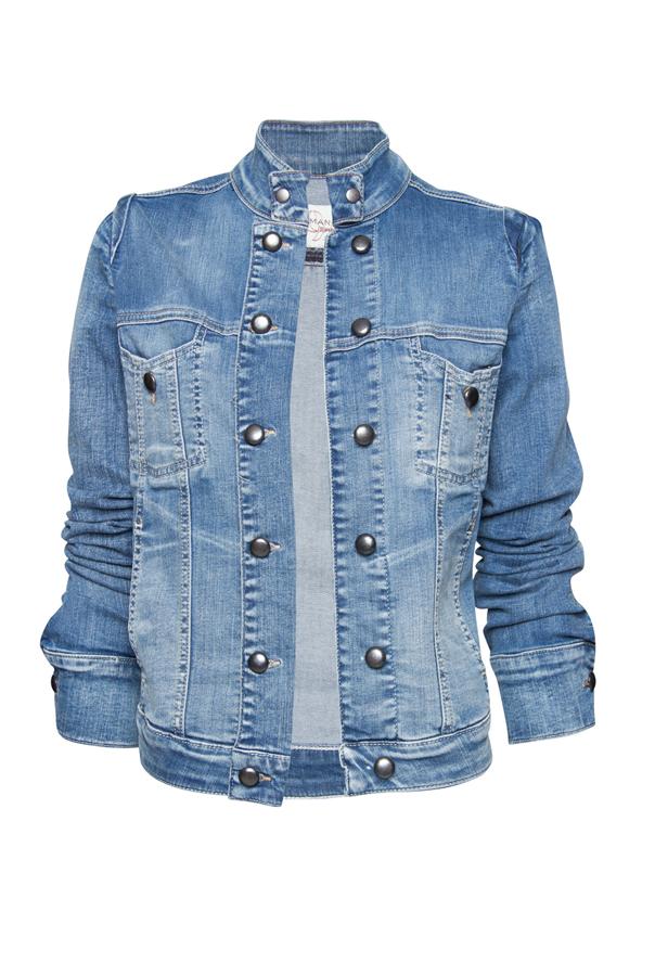 Stylowe kurtki jeansowe, oryginalne kurtki skórzane czy kurtki typu bomber jacket indigo są doskonałym uzupełnieniem męskiej garderoby. Niezależnie od wieku, każdy elegancki mężczyzna powinien mieć w swojej szafie okrycie wierzchnie najwyższej jakości.