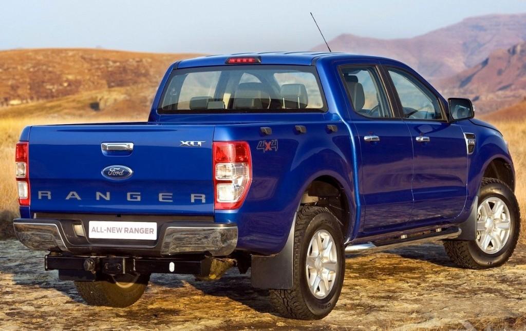 novo Ford Ranger 2014 traseira