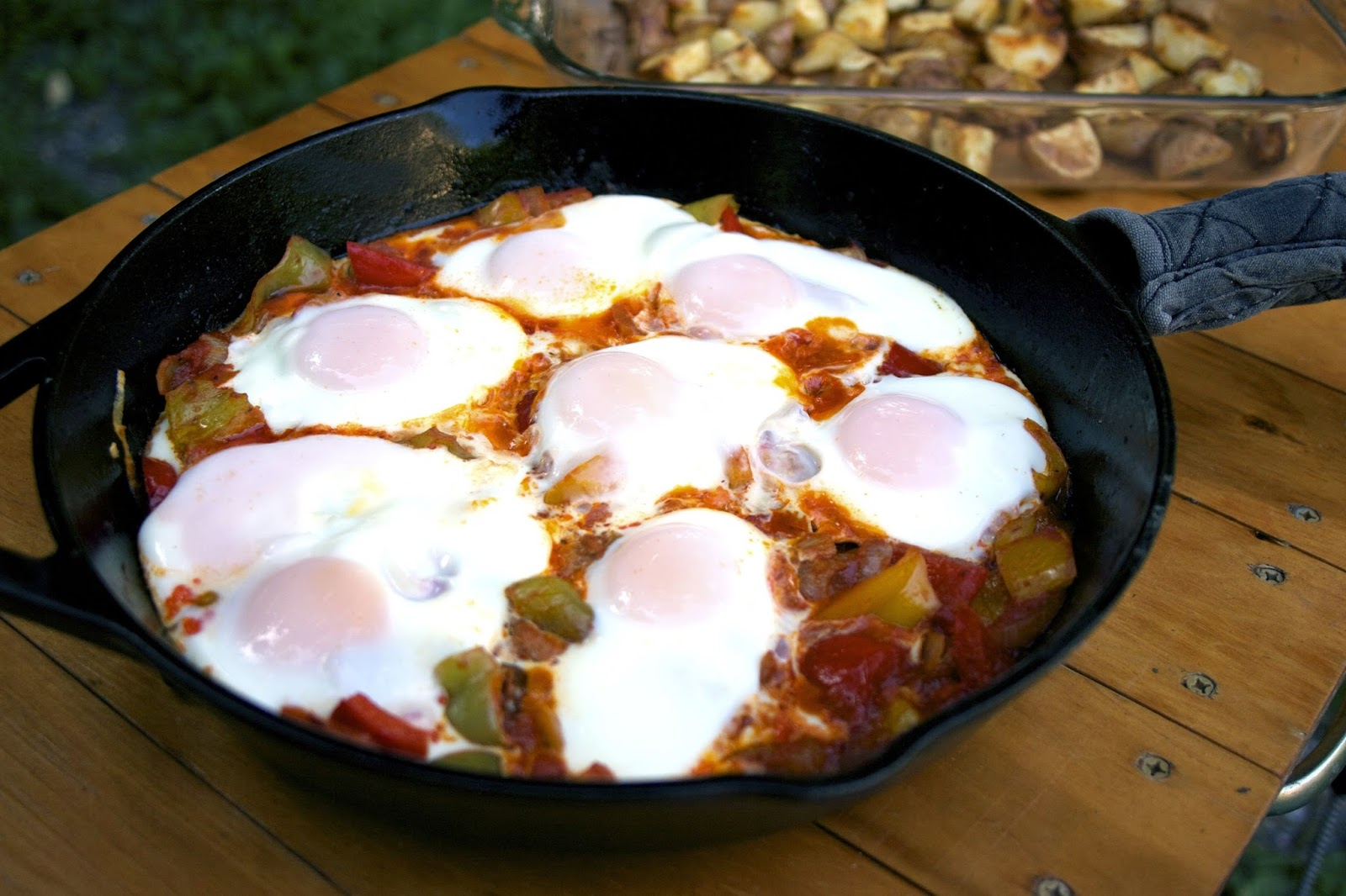 Peppers & Eggs Skillet Casserole- simplelivingeating.com