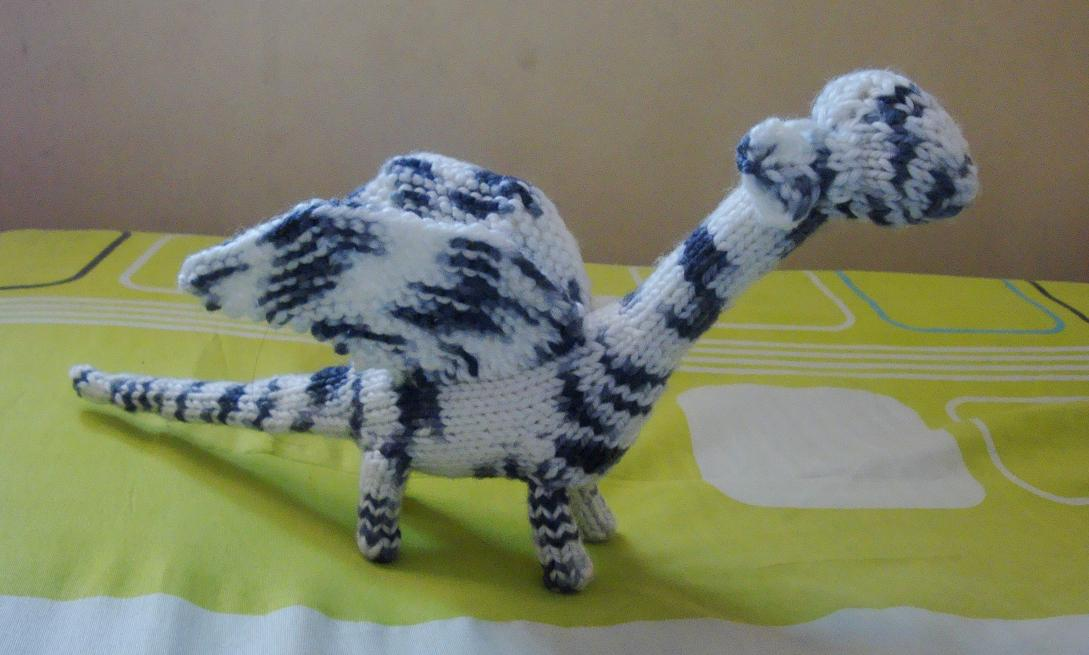 Knit Dragon Pattern : Novel Curious: Fools Dragon: A Free Knitting Pattern