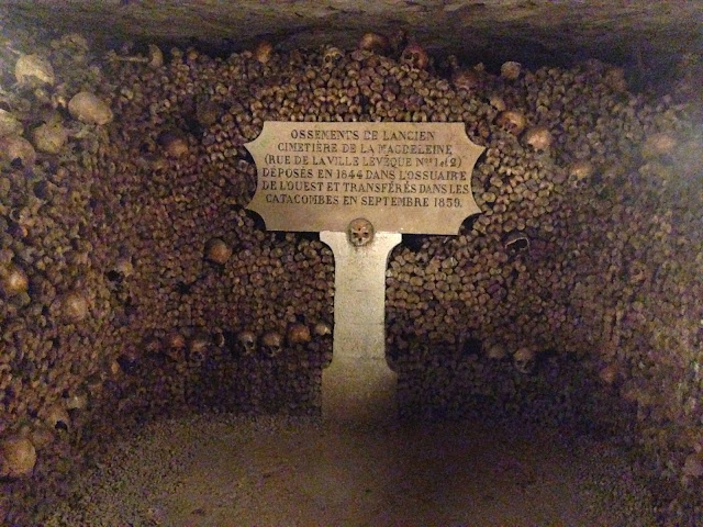 paris haunting underground catacombs graveyards