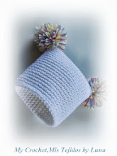 Pom Pom Baby Hat