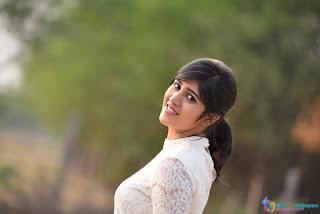 Chandini Chowdary HD Wallpapers (10).jpg