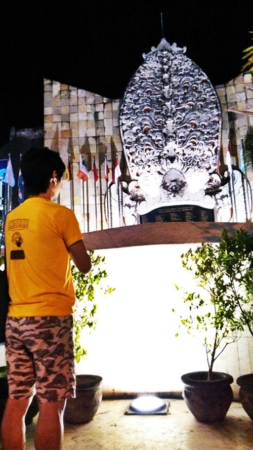 レギャン通りのグラウンドゼロ・The Bali bombing memorial