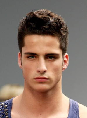 Short Hair Cuts on Short Haircuts   Hairstyles 2012 For Mens   Short Hairstyles   Zimbio