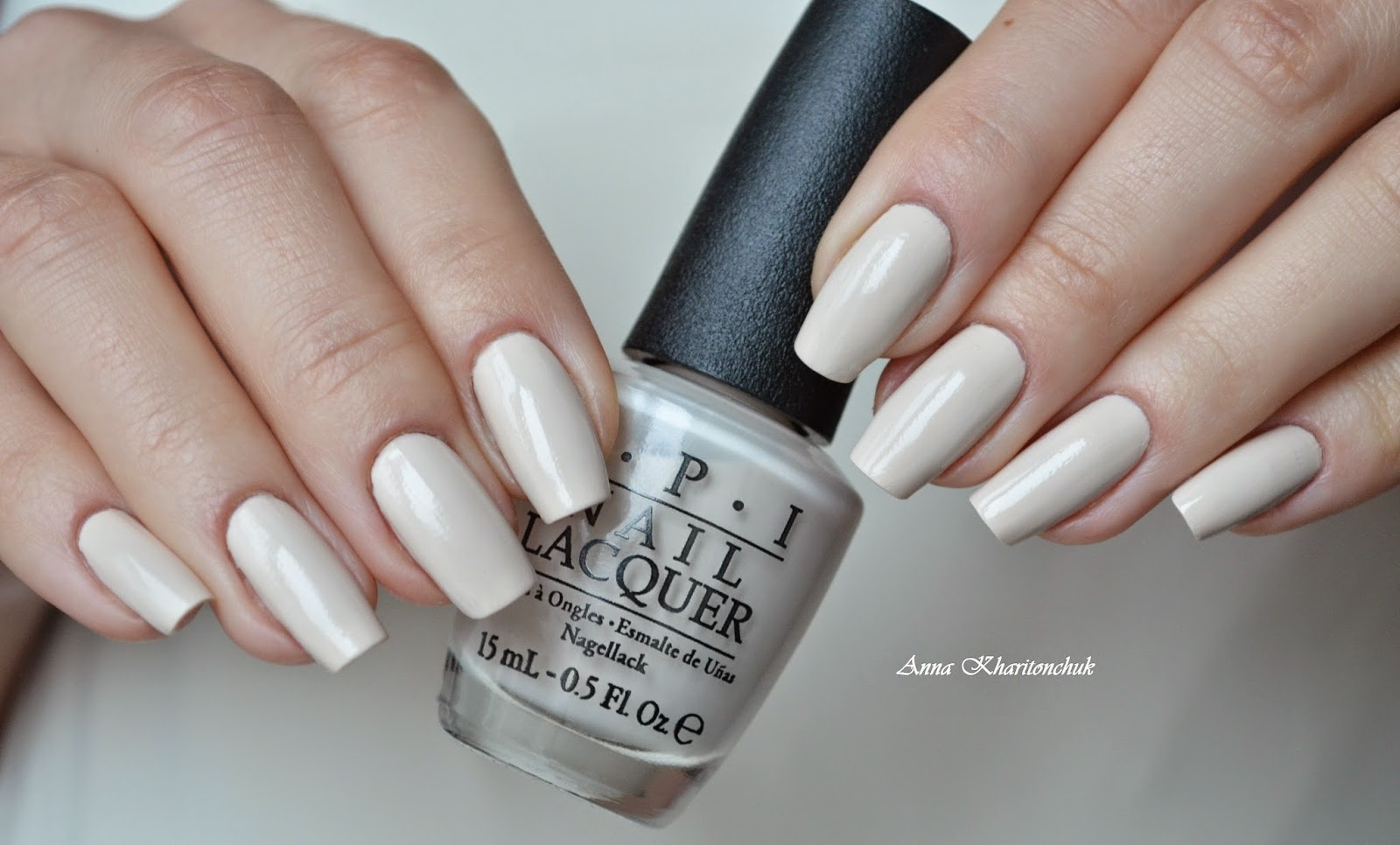 Opi My Vampire Is Buff и стемпинг Qgirl 004