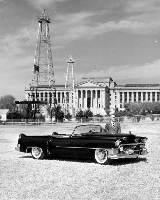 Dream Cars Two Cadillac Show Cars And Their Unlikely Fates - Oklahoma city cadillac dealers