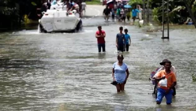 Σρι Λάνκα: Βιβλική καταστροφή - 122 νεκροί από πλημμύρες (vid)