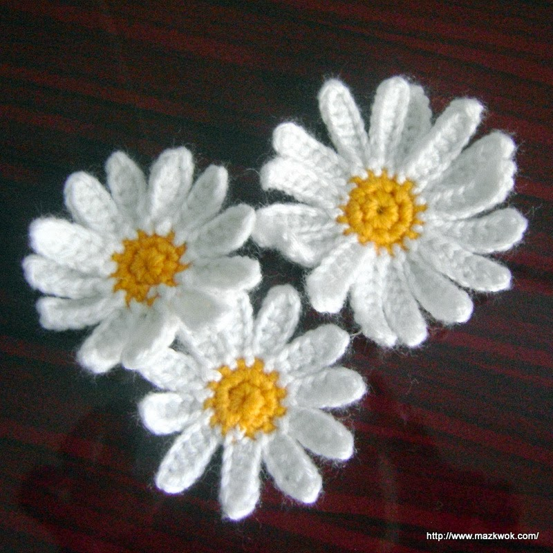 Free Crochet Pattern Large Flower : daisy applique