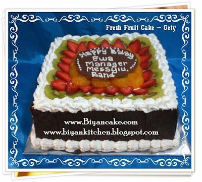 Pesan Kue tart Buah di bekasi : Fresh fruit cake ~ Gety