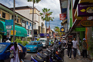 kuta_shopping_large.jpg
