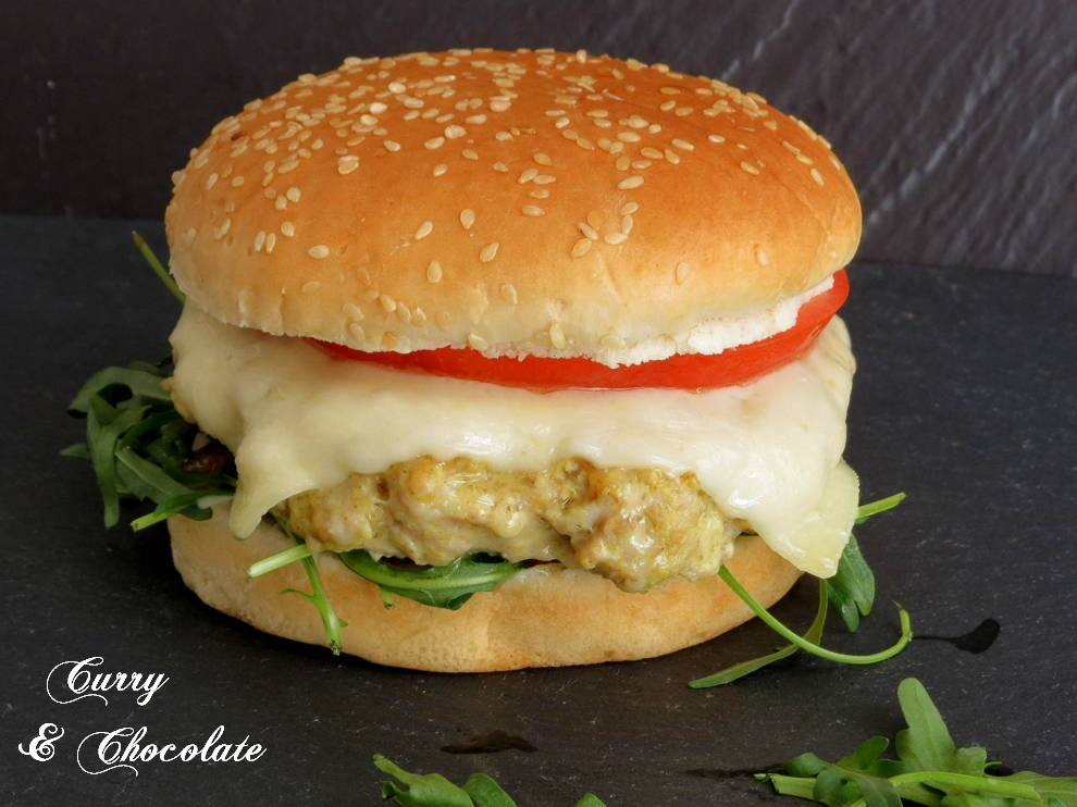 Curried chicken burgers with caramelized onion
