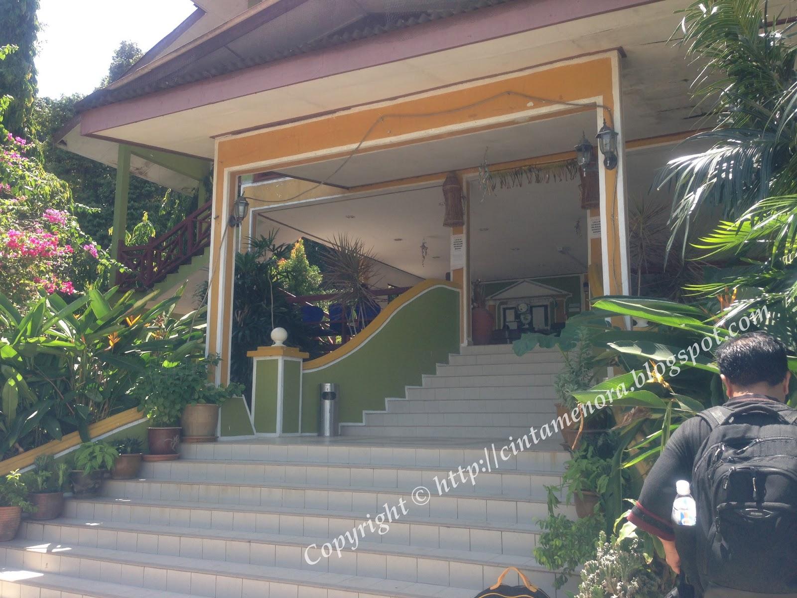 pintu masuk utama d'puteri kurnia resort