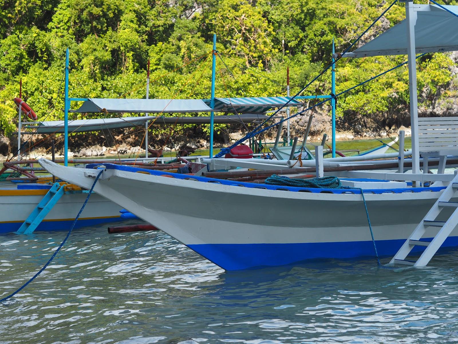 boat in water, philippines