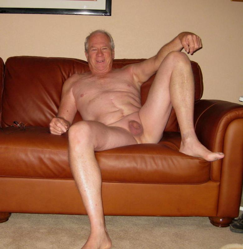golie-stariki-na-foto