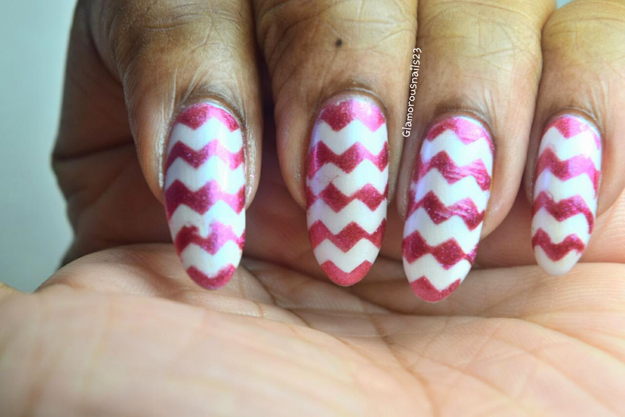 Simple Chevron Nail Art