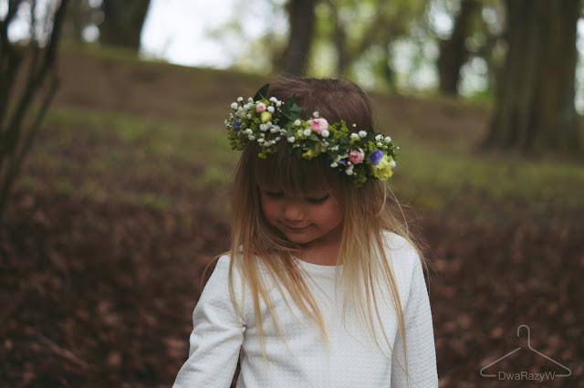 wianek dla dziewczynki komunijny sukienka komunijna SM Kids Sylwia majdan kolekcja dziecięca