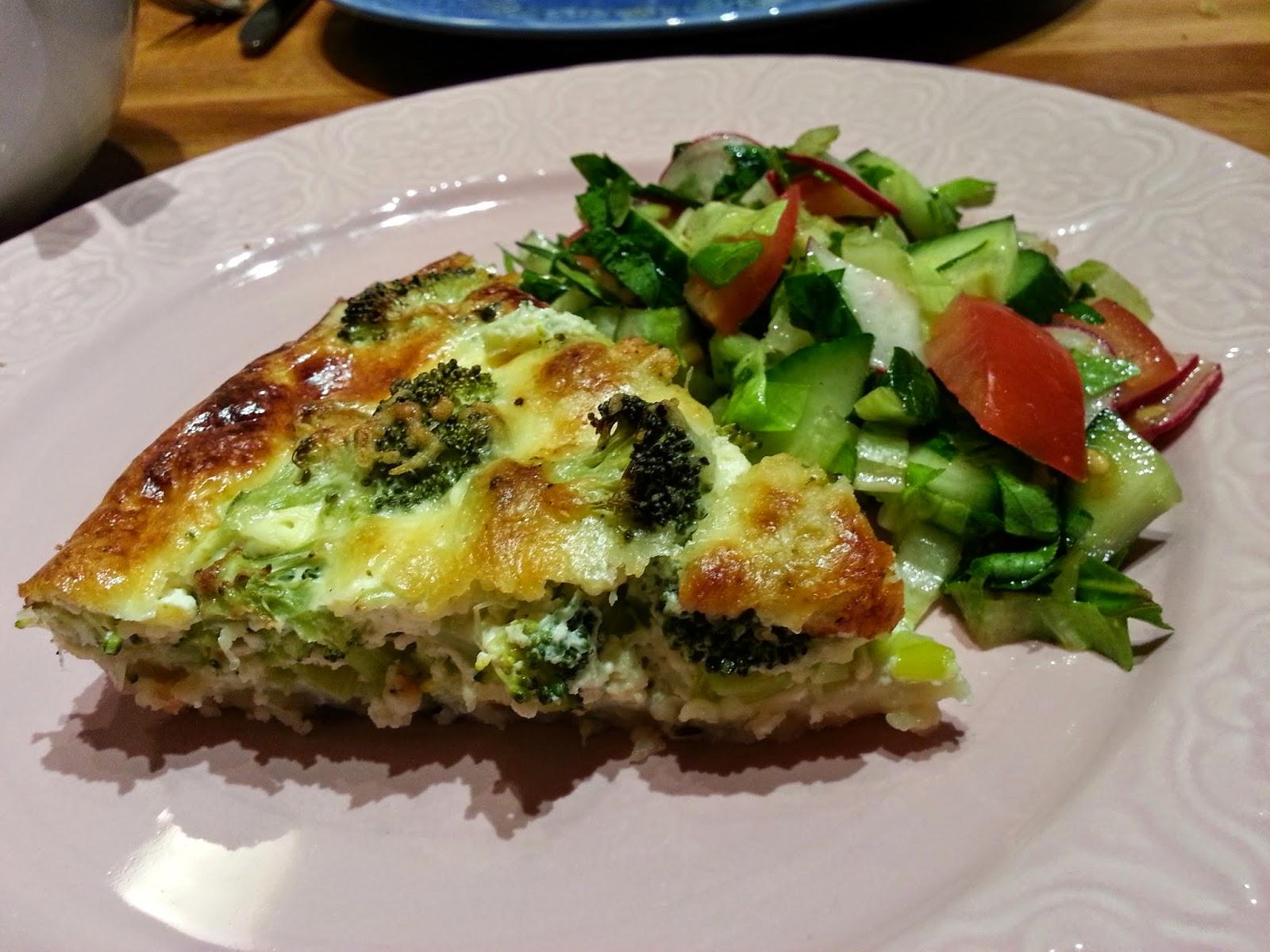 broccolipaj med purjolök