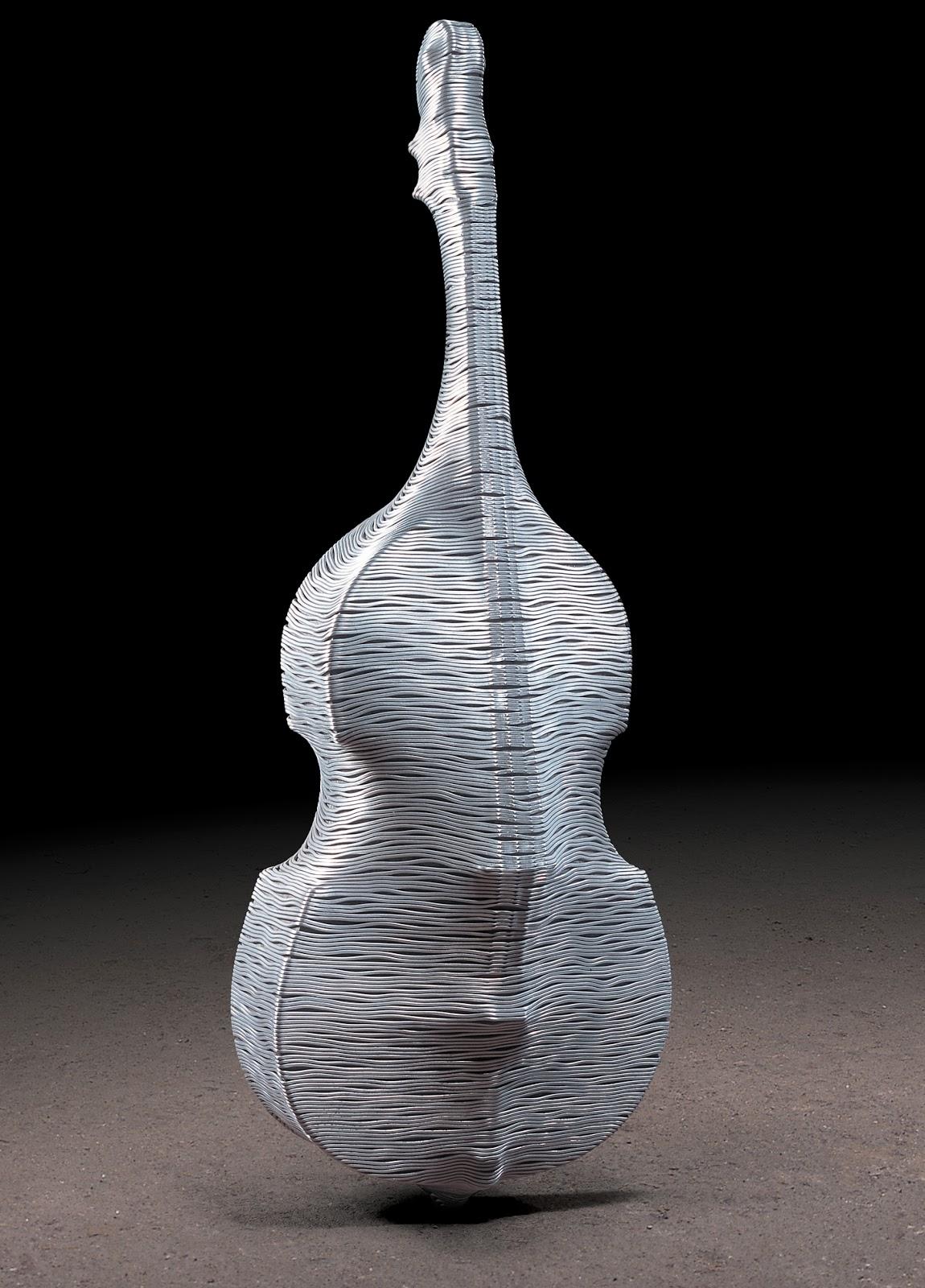 11-Contrabass-Park-Seung-Mo-South-Korean-Artist-&-Sculptor-Wire-Sculpture-www-designstack-co