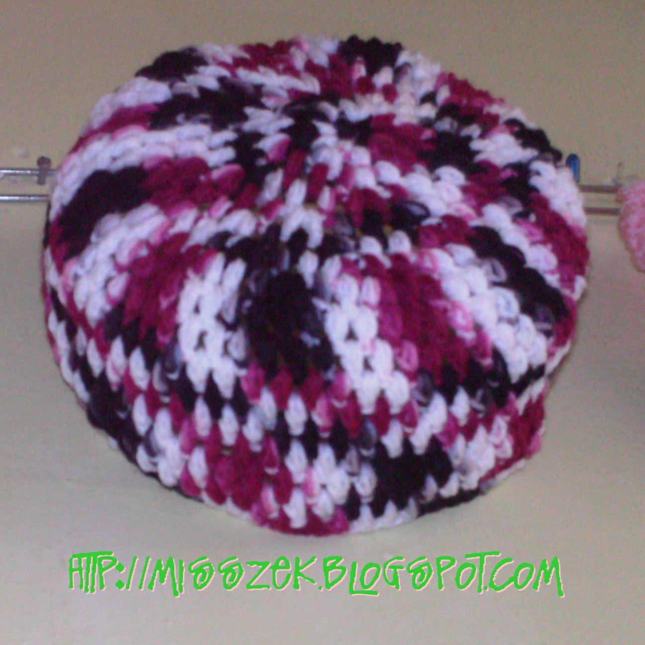 Crochetisfun Free Pattern Kopiah Kait Party Invitations ...