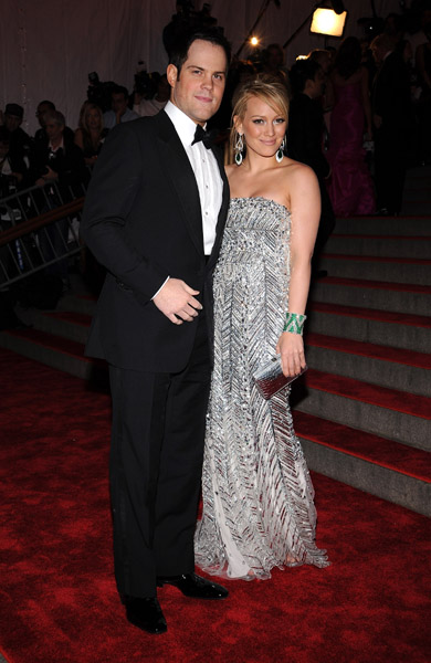 CHANEL AFTER COCO POWER COUPLE HILARY DUFF Amp MIKE COMRIE