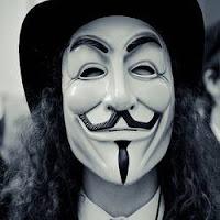 Anonymous critica que o poder não está na mão da população.