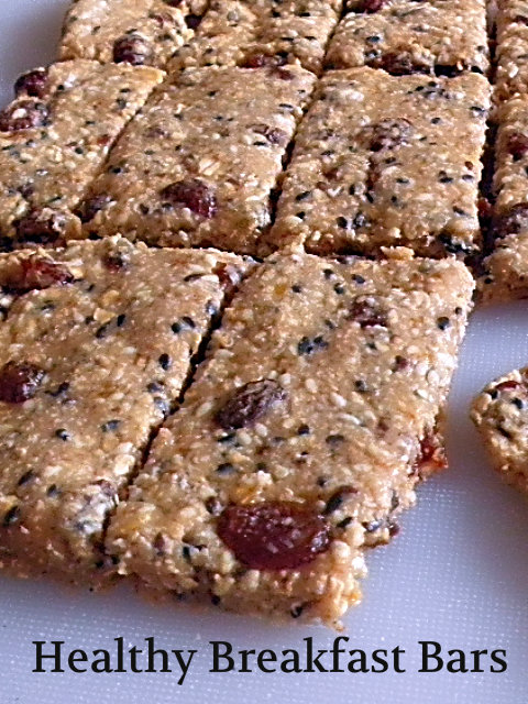 Healthy Breakfast Bars Recipe @ treatntrick.blogspot.com