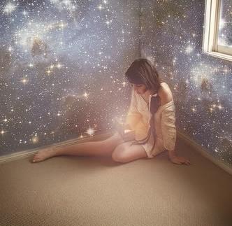 Se te olvidó soñar, y yo aún vivo de mis sueños.
