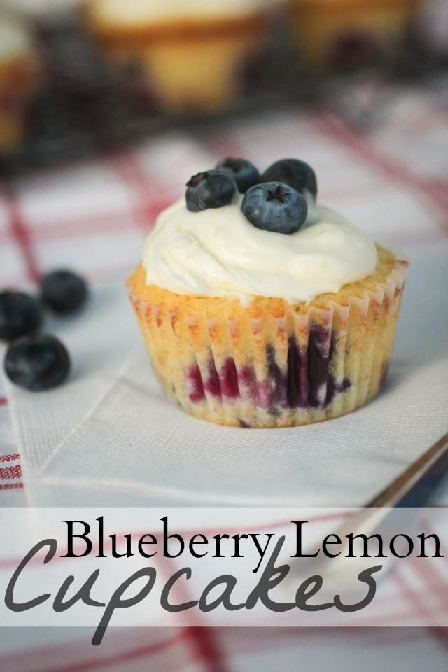 The Freckled Fox: Em's Blueberry Lemon Cupcakes