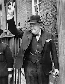 WINSTON CHURCHILL (Palacio de Blenheim, 30/11/1874-Londres, 24/01/1965).
