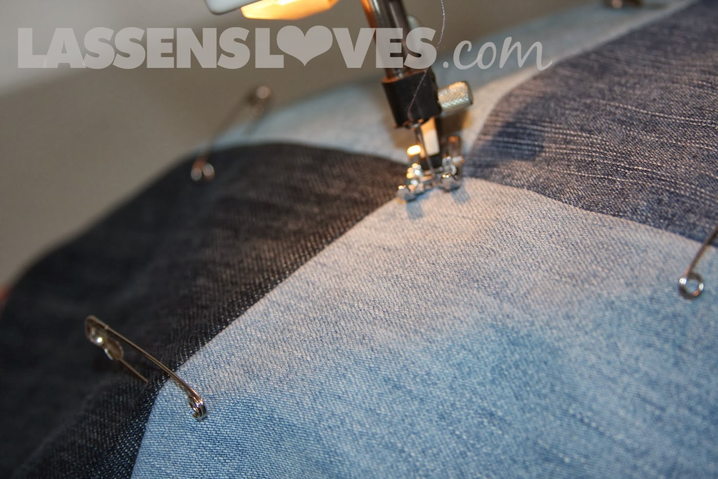 lassensloves.com, Lassen's, Lassens, jeans+blanket, denim+blanket, up+cycle