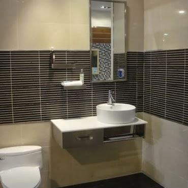 ide kamar mandi kecil minimalis yang menawan panduan