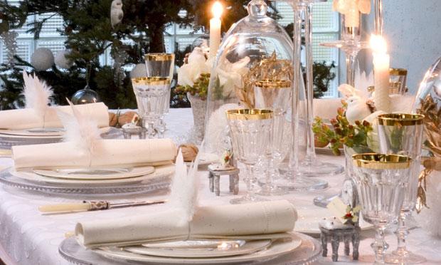 decoracao reveillon branco e dourado