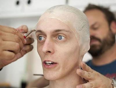 Veja como os maquiadores transformam os atores de The Walking Dead