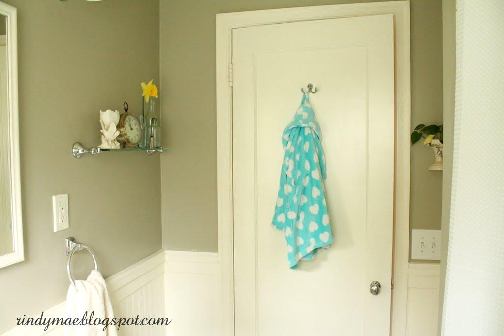 Rindy Mae The Bathroom