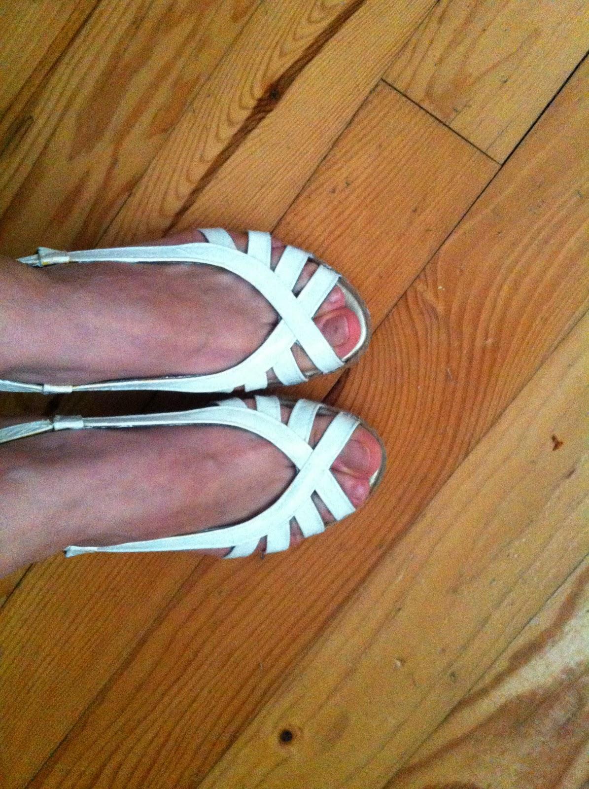 Kendi elleriyle ayakkabı dikmek nasıl