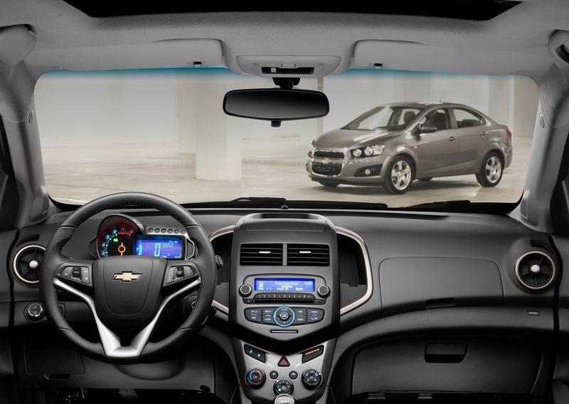 Chevrolet Aveo Sedan 2012 Auto Car 20