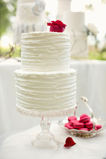 White Wedding Cakes Photos - Weddings