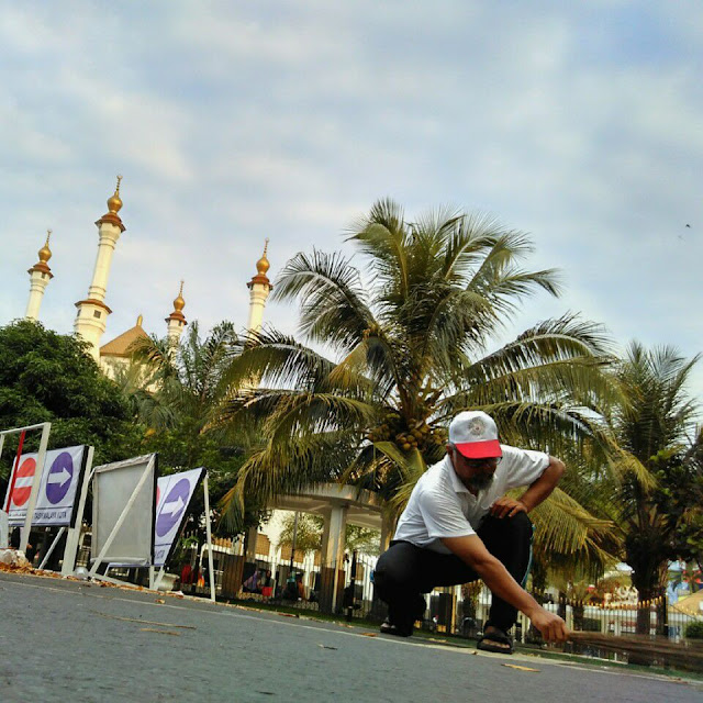 Syaeful Uyun Clean The City Ahmadiyah Tasikmalaya