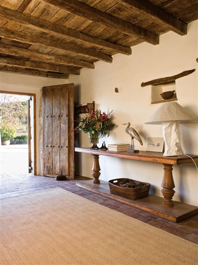 Mgc dise o de interiores hermosa casa antigua totalmente - Como pintar una casa rustica ...