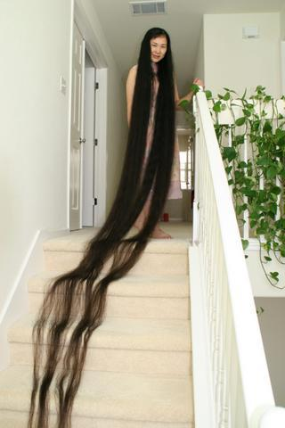 photo woman with the longest hair in the world nigeria gist