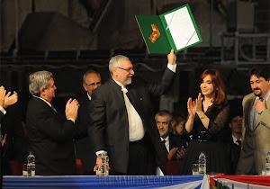 Lugo y Cristina oficializan suba de cota de Yacyretá y se comprometen a hacerla rentable