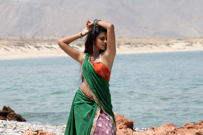 amala paul from bezawada, amala paul spicy hot images