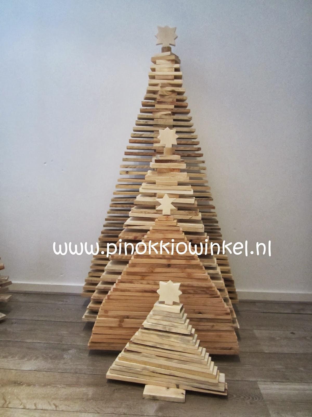 Winterbeurs marquette standhouder 2013 pinokkio - Een houten boom maken ...
