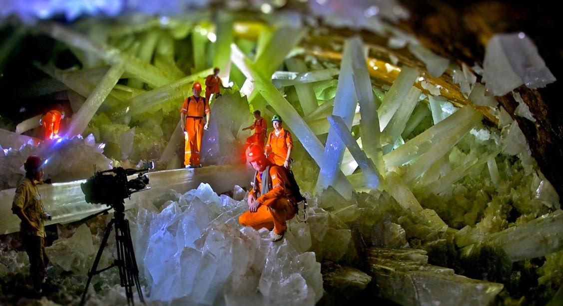Cave of the Crystals, Goa Kristal Penuh Harta Karun Yang Mematikan