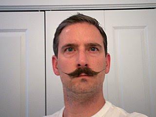 Dejarse crecer el bigote