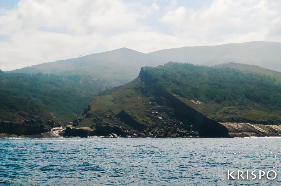 detalle de jaizkibel desde el mar